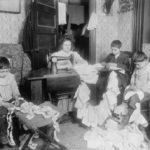 Urban, working class family portrait, 1912
